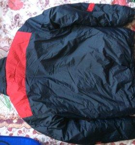 Продаю мужскую куртку