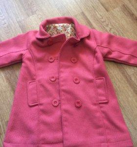 Пальто на девочку 2-3 года