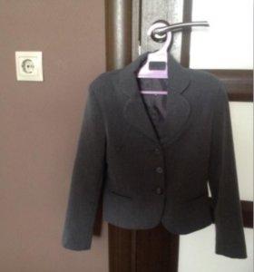 Пиджак школьный фирмы Боссер