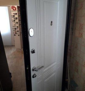 Продаю входную дверь Бульдорс14с