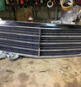 Решётка радиатора Mercedes 210 рестайлинг