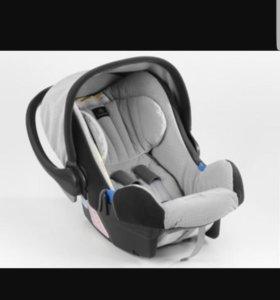 Детское сиденье, автолюлька Mersedes