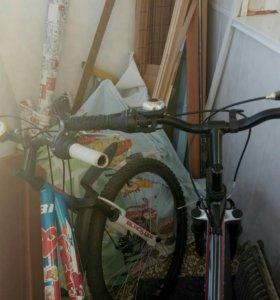 Два велосипеда по 18 скоростей