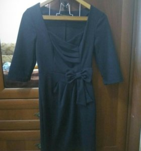 Платье темно-синее, 42