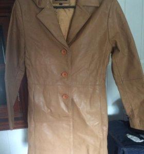 Кожаные куртка женская