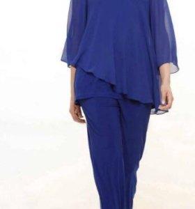 костюм брючный 2-ка туника и брюки синего цвета