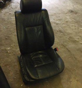Кожаные сидения БМВ