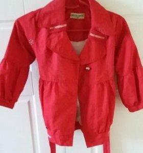 Легкая куртка для девочки размер 116-122