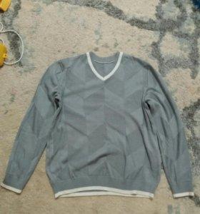 Отдам свитер мужской 46-48 р