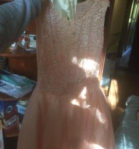 Платье продам!