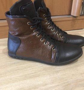 Осенние ботинки на девочку 36 р-р