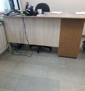 Офисная мебель.
