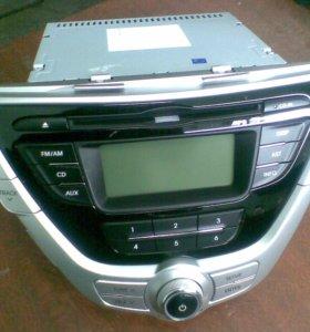 Штатная магнитола Hyundai Elantra 2012