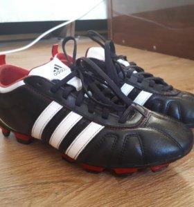 Adidas для футбола