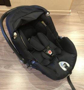 Новое детское автомобильное кресло от коляски Cam