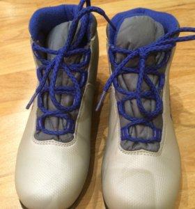 Спорт- лыжные ботинки