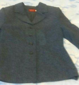 Отдам пиджак женский 46 р