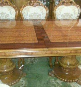 Дубовый стол со стульямм