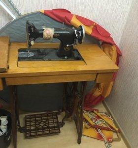 Швейная машинка ЗШМ