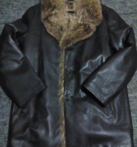 новая кожаная удлиненная куртка на меху волка