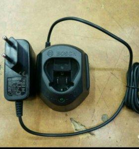 Зарядник на шуруповерт Bosch GAL1110CV