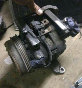 компрессор кондиционера Subaru Forester SF 99 год