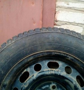 Зимняя резина, 4 колеса, продаю без дисков