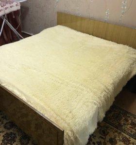 2 кровати( односпальные)+матрасы к ним