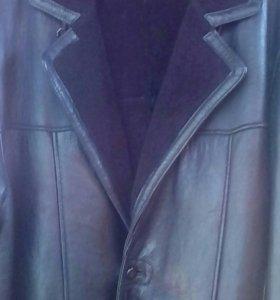 Мужское полу пальто