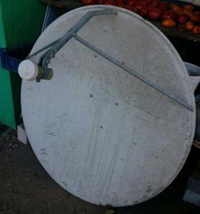 Отражатель спутниковой антенны