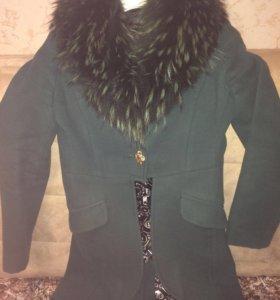 Пальто 40-42, мех натуральный