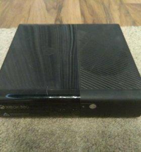 XBOX 360 E+Kinect+10 игр