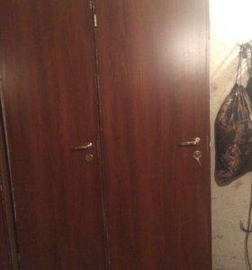 Двери деревянные межкомнатные б/у