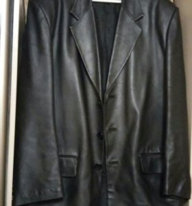 Солидный кожаный пиджак