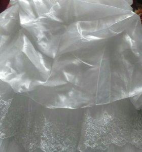 Продам свадебное платье 46 размер.