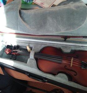 Скрипка, струны германские, о цене договоримся!