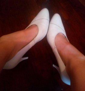 Туфли белые жеские на праздник свадьбу