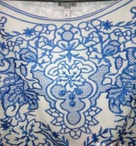 Платье Moschino новое