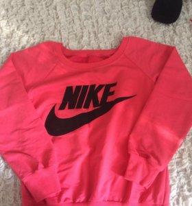 Свитер-толстовка Nike