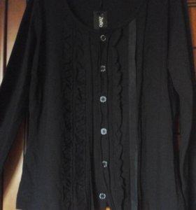 Трикотажная блузка.