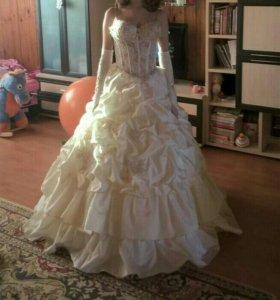 Свадебное платье, возможен торг)