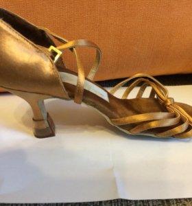 Туфли для танцев 25 размер