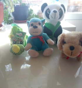 Небольшие мягкие игрушки