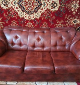 Кожаный хол диван и два кресла
