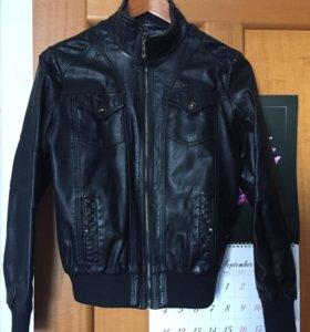 Куртка женская чёрная экокожа