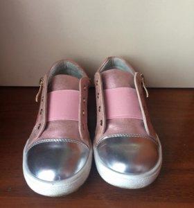 Ботинки для девочки размер 27