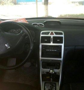 Автомобиль Пежо 307