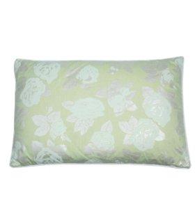 Подушка с наполнителем из гречневой лузги(faberlic