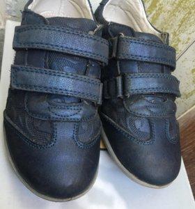 Ботинки для девочки размер 28
