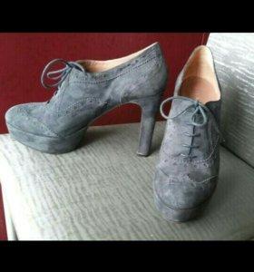 Новые замшевые ботильоны, туфли